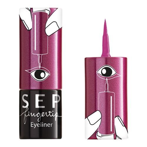 Fingertip Eyeliner